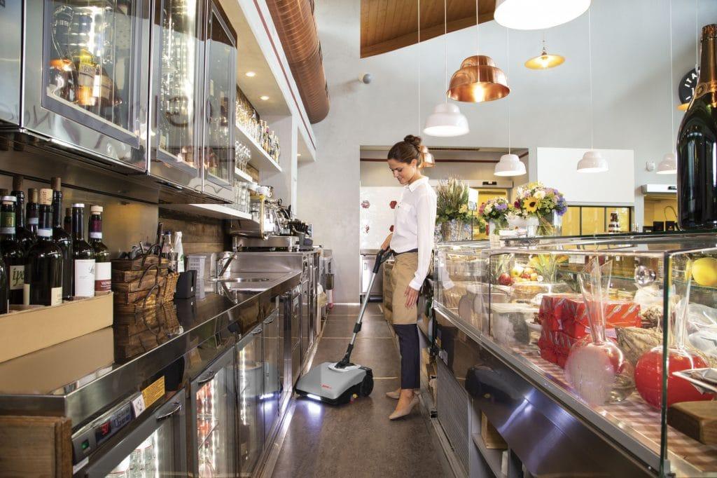 comac-igea-lavasciuga-pavimenti-bar