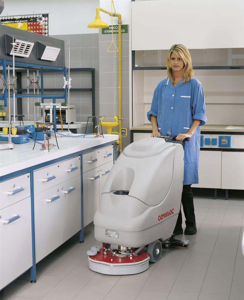 comac-abila-lavasciuga-laboratorio