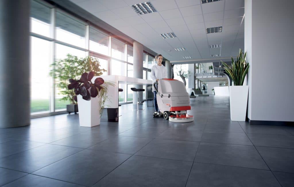 comac-antea-lavasciuga-pavimenti-impresa-di-pulizia-azienda