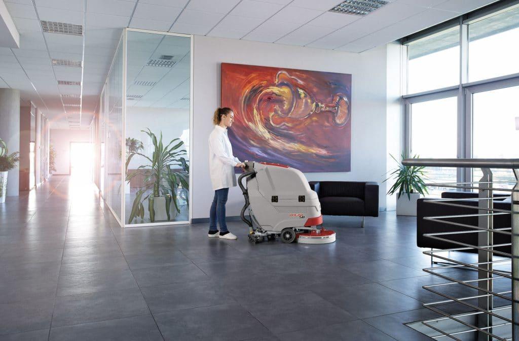 comac-antea-lavasciuga-pavimenti-impresa-di-pulizie-uffici