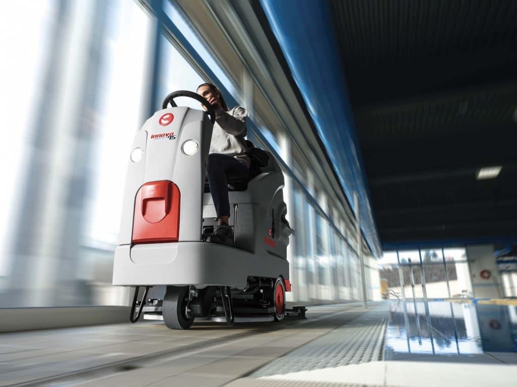 comac-innova-comfort-lavasciuga-pavimenti-settore-benessere-e-sportivo